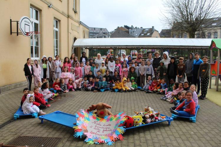 Vendredi 13 :journée mondiale du pyjama, notre école participe...
