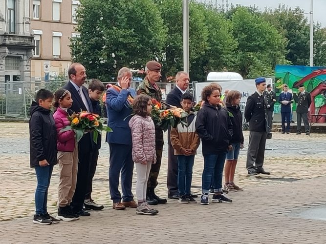 Commémoration de la libération de la ville d'Arlon le vendredi 10 septembre 2021 avec toutes les classes primaires.